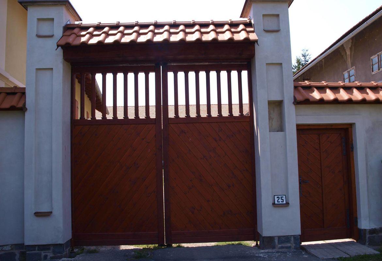 Vrata s vchodem